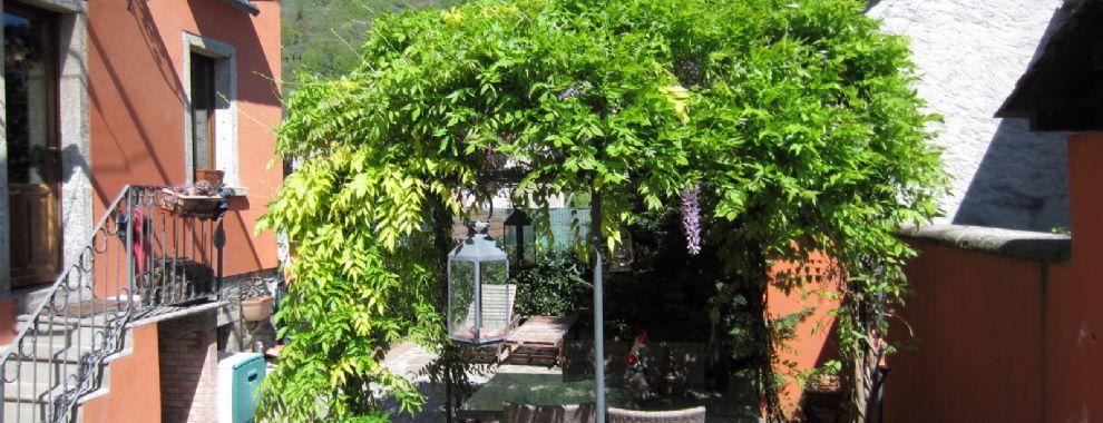 Charakteristisches Haus in der zentrum von Fraktion Bureglio