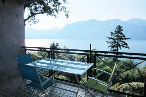 Ghiffa Dreizimmerwohnung mit Terrasse und Seeblick