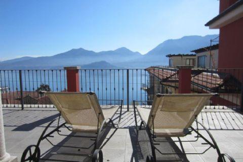 Ghiffa spectacular Wohnung mit Terrasse und Seeblick
