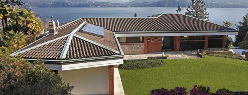 Oggebbio villa mit Seeblick und privaten Garten