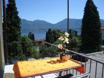 Oggebbio Lago Maggiore Appartamento trilocale vista lago con terrazzo