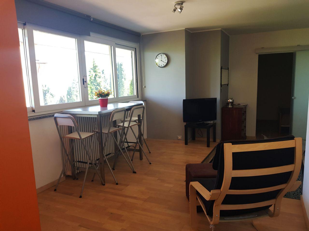 Appartamento in affitto ad Oggebbio ammobiliato vista lago