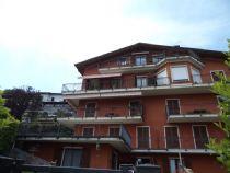 Nelle alture di Stresa appartamento bilocale con giardino e vista lago.