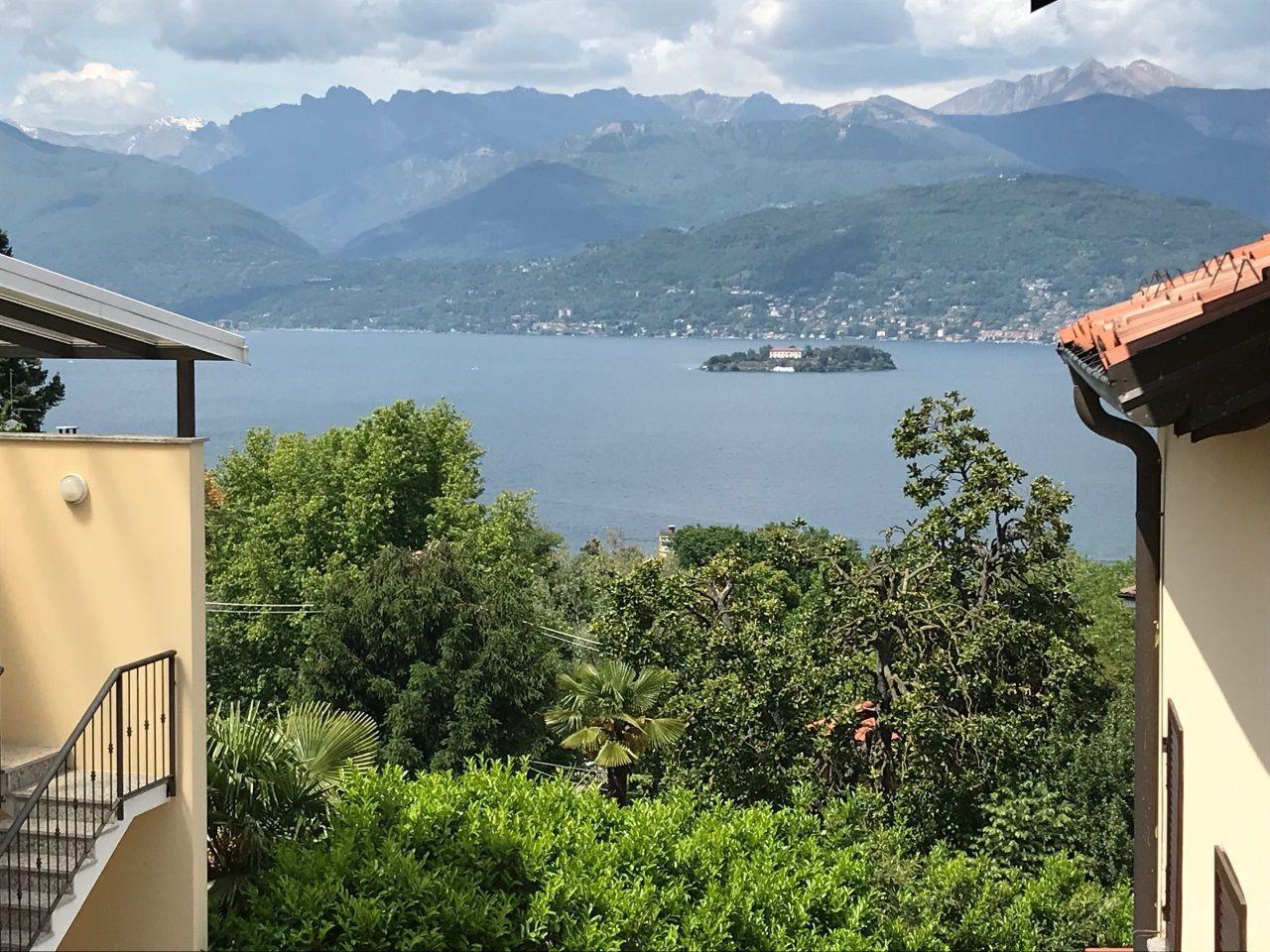 Appartamento vendita a Stresa Binda con balcone vista lago
