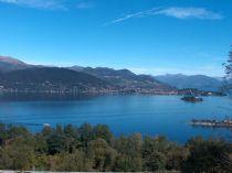 Alture di Stresa appartamento di tre locali con vista lago.