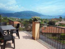 Appartamento a Baveno, quadrilocale molto spazioso con vista lago e ampio terrazzo.