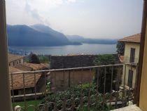 Beé in villa d'epoca appartamento vista lago