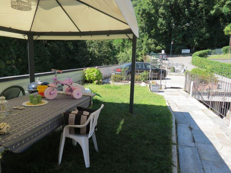 Appartamento ghiffa in piccola casa con giardino privato - Appartamento con giardino privato ...