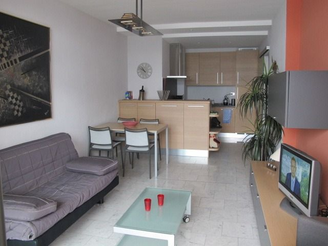 Appartamento a Ghiffa Yachting Residence con terrazzo