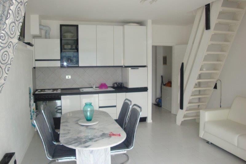Appartamento a Ghiffa con balcone vista lago