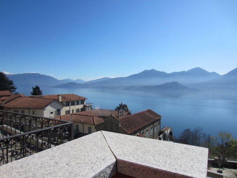 Appartamento trilocale con terrazzo vista lago Ghiffa