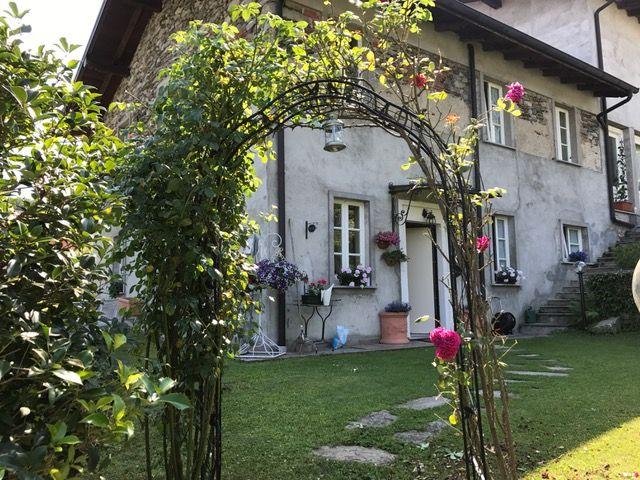 Ghiffa appartamento trilocale con giardino