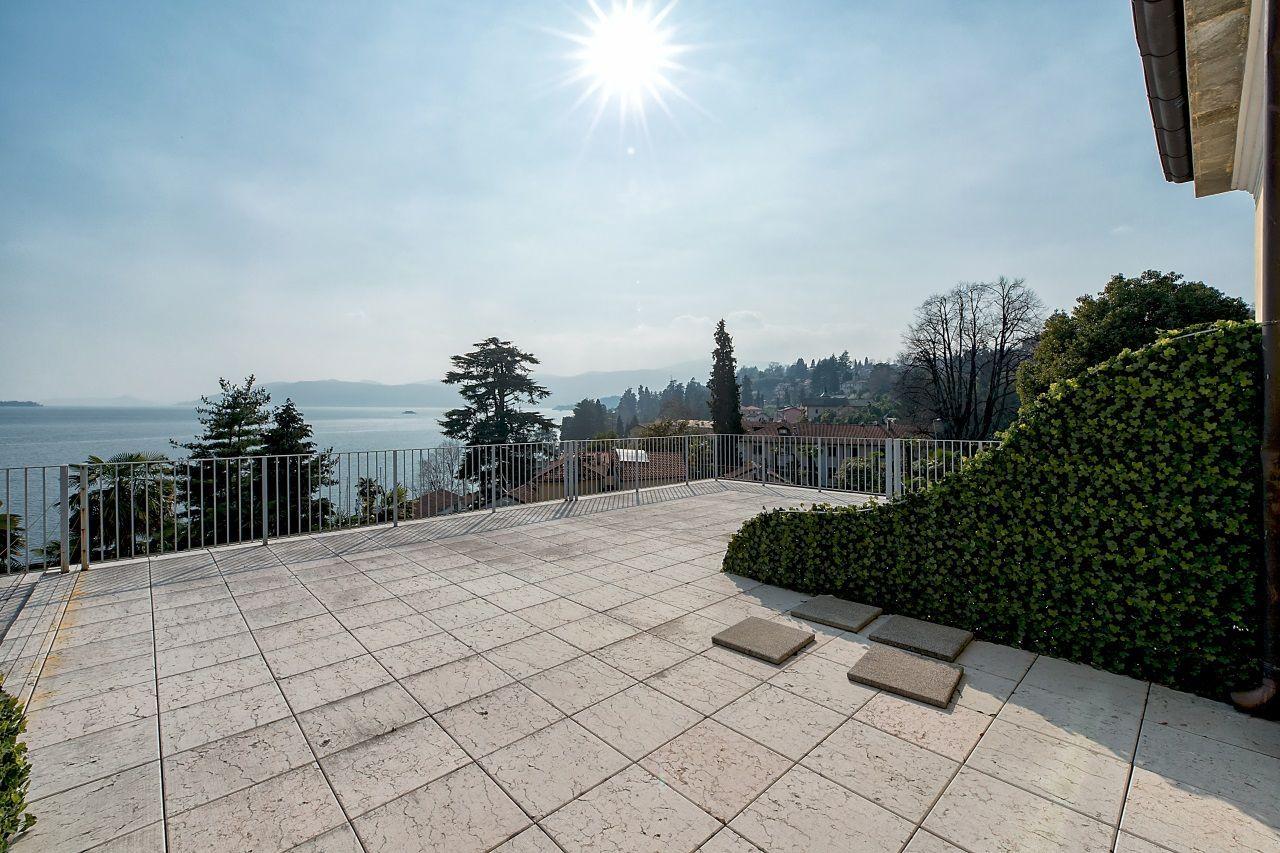 Appartamento bilocale a Ghiffa con terrazzo vista lago