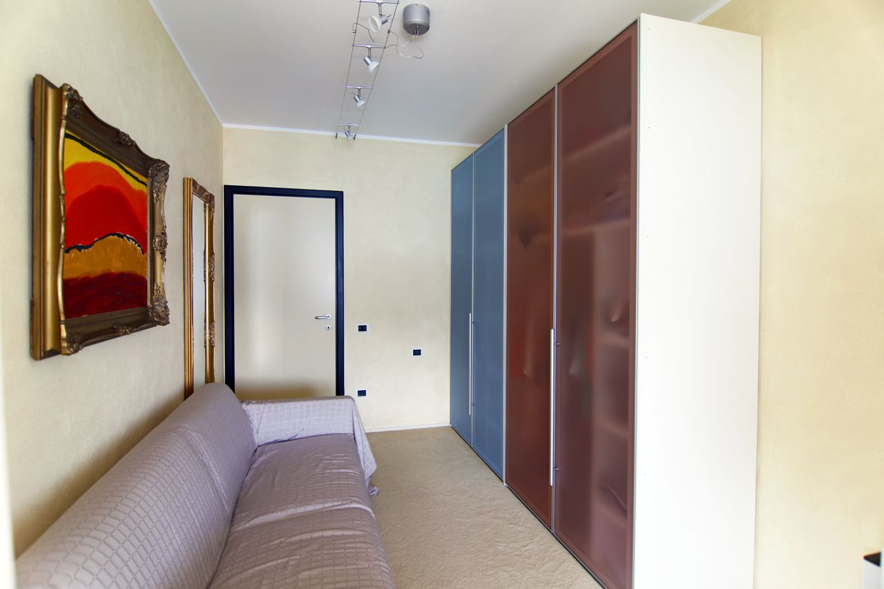 Ghiffa Appartamento trilocale con porto sul lago