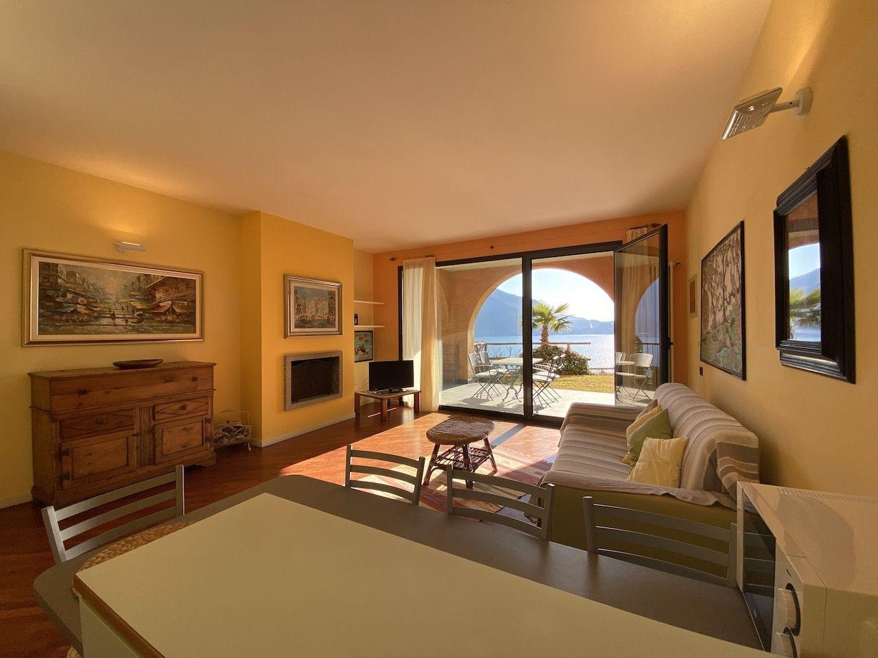 2-Zimmer Wohnung in Ghiffa mit Seeblick und Garage