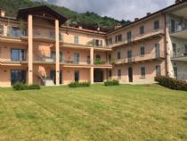 Lago d'Ora nella Frazione di Alzo ampio e luminoso appartamento con terrazzo.