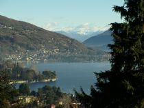 Lago Maggiore vendesi a Meina appartamento in residence con vista lago-