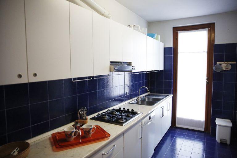 Appartamento trilocle in residence vista lago