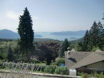 Premeno, Pian di Sole appartamento con giardino e vista lago.