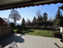 Premeno, Pian di Sole appartamento con giardino e garage.