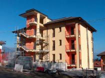 Stresa nuova costruzione appartamento vista lago con balcone e posto auto.