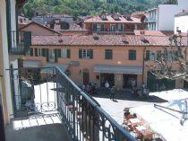 Stresa appartamento centrale con balcone nella piazza di Stresa.