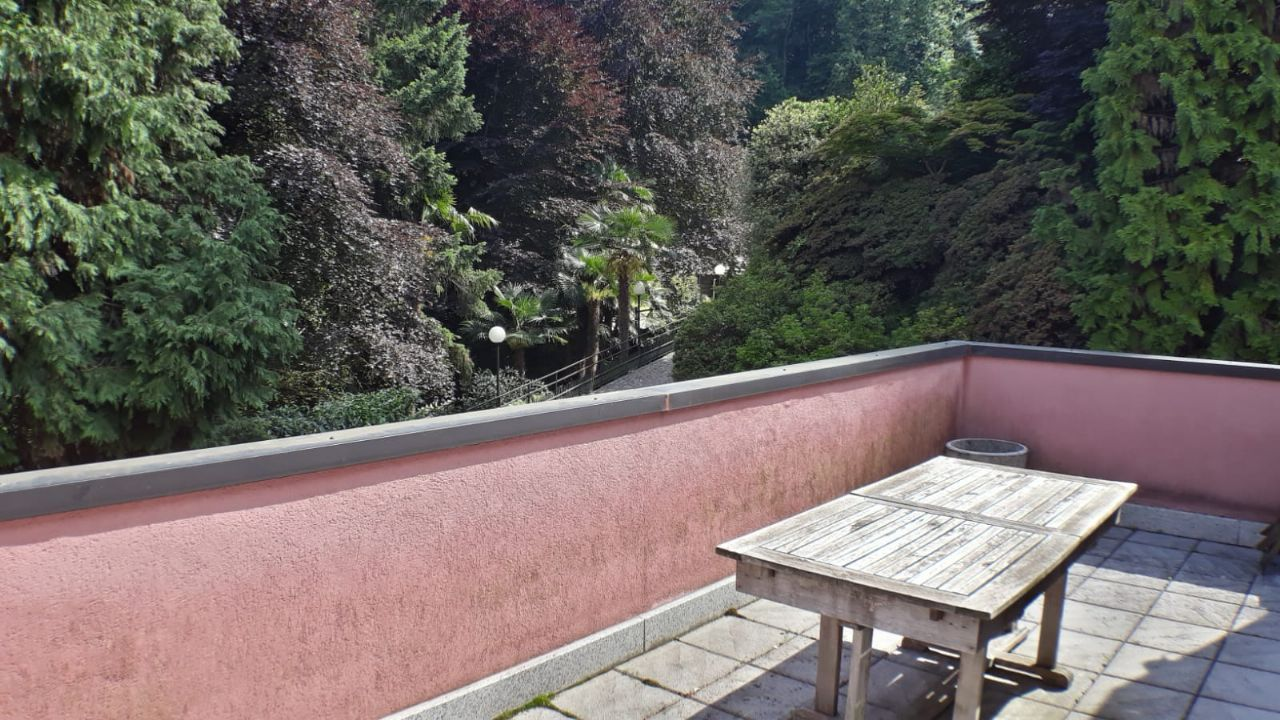 Appartamento bilocale vista lago a Stresa in vendita
