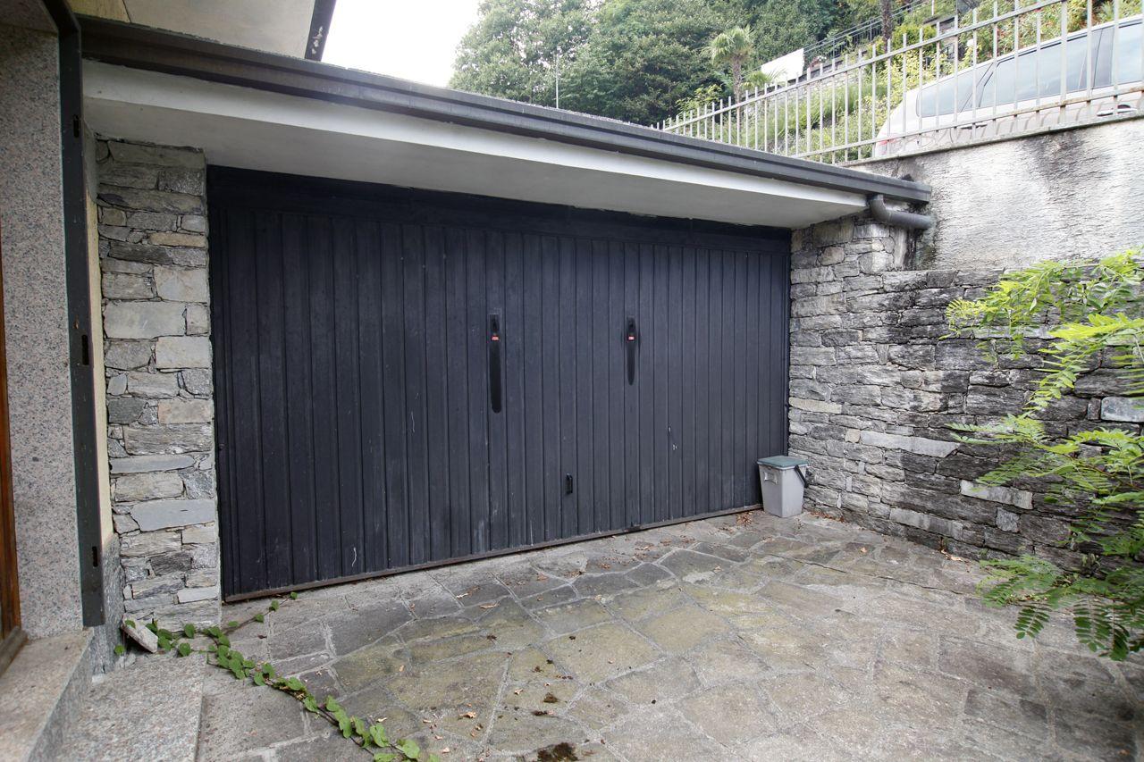 Ghiffa Einfamilienhaus mit Seeblick, Garten und Garage