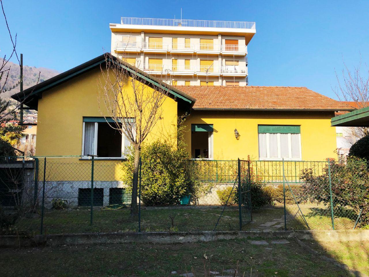 Casa indipendente con giardino a Suna