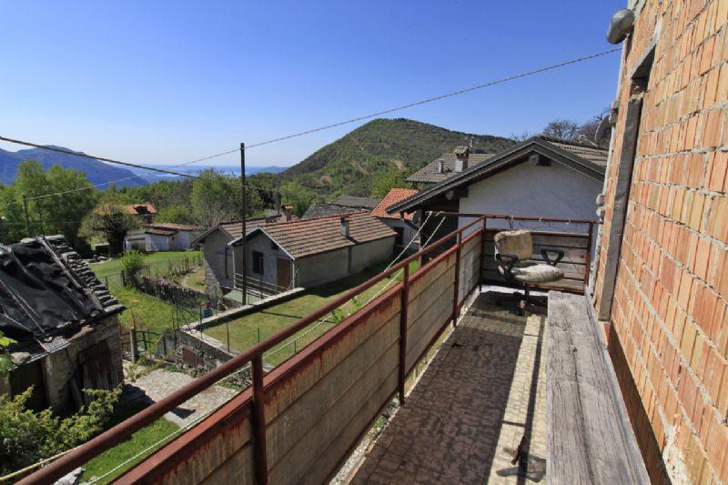 Manegra casa rustica da ristrutturare
