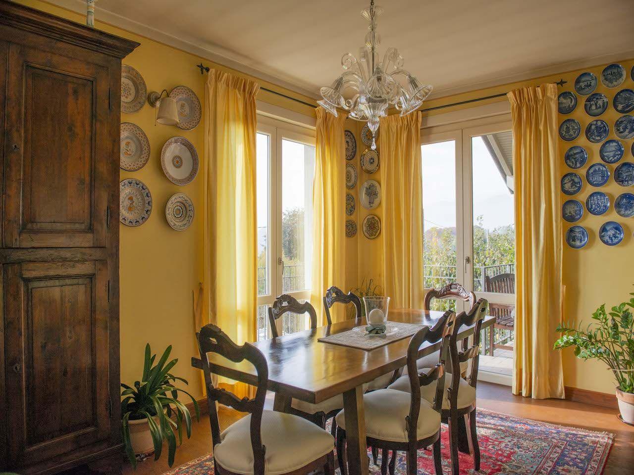 Casa indipendente con giardino e vista lago ad Arizzano