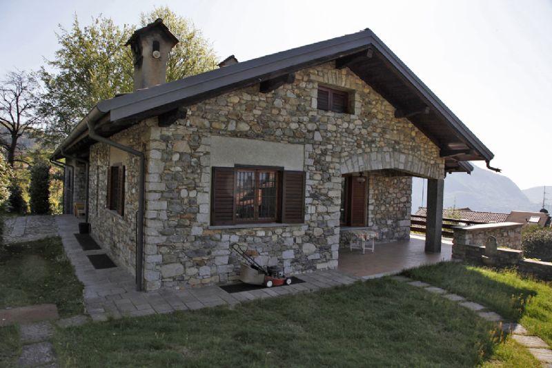Villa ad Arizzano con vista lago