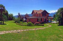 Verbania alture in Beé villa con ampio giardino vista lago