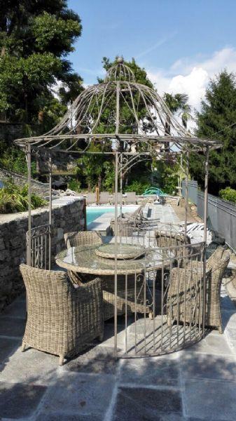 Ghiffa villa con piscina vista lago e giardino