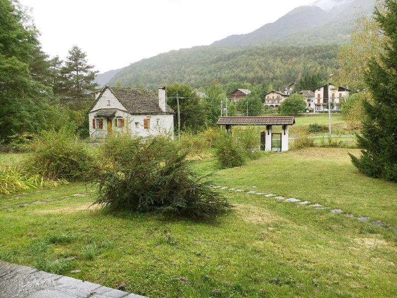 Chalet Valle Vigezzo Druogno con giardino