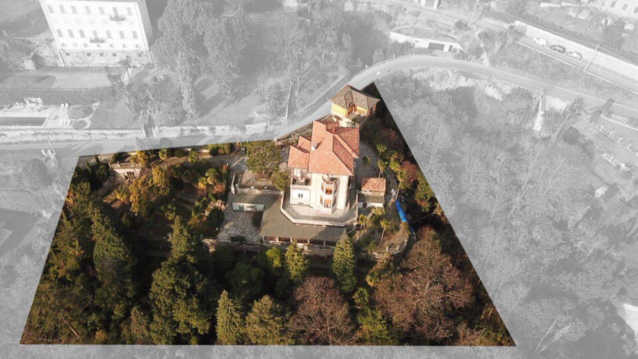 Ghiffa Historische Villa aus den 1900er Jahren mit großem Park und Seeblick