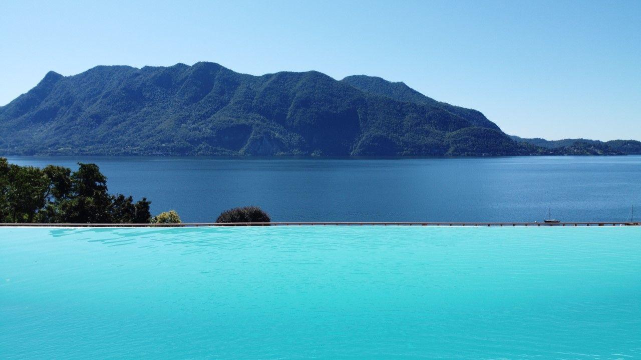 Ghiffa villa con piscina e panoramica vista del lago