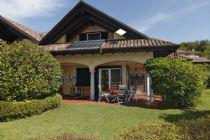 Arizzano villetta bifamiliare con giardino vista lago e ottime finiture