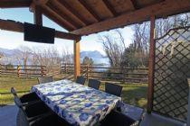 Lago Maggiore alture di Baveno villetta indipendente con giardino vista lago.