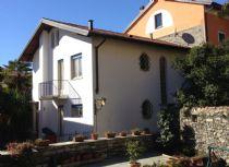 Canneto Riviera casa indipendente nel centro storico a due passi dal lago