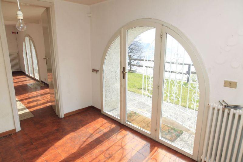 Villa a Cannero Riviera con accesso diretto al lago