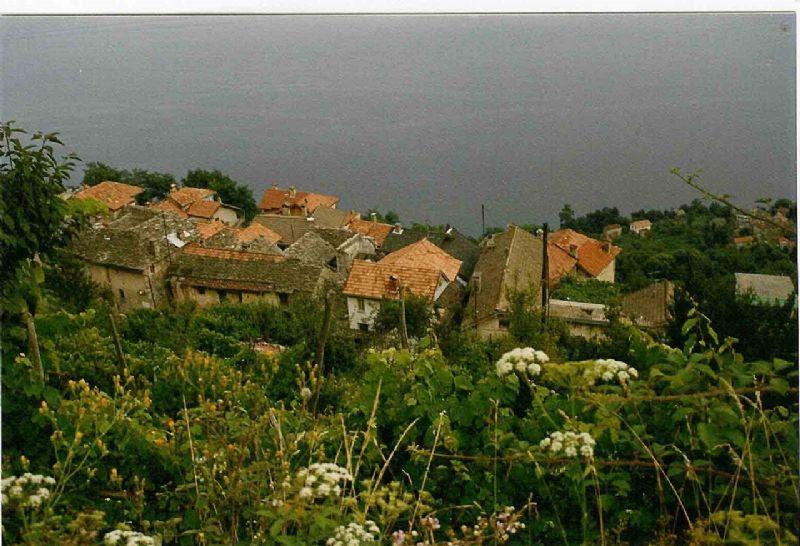 Casa di paese con bella vista lago e giardino