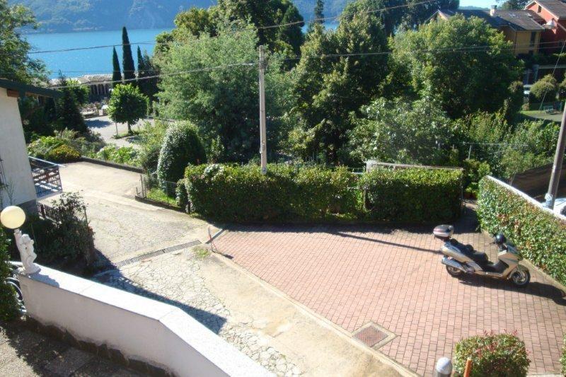 Haus Am Lago Maggiore Kaufen : haus kaufen am lago maggiore in ghiffa mit seeblick und garten ~ Lizthompson.info Haus und Dekorationen