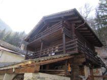 Macugnaga nella frazione di Borca villetta del 1700