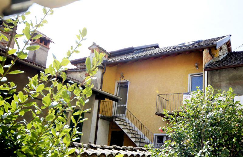 Casa di paese in centro storico ad Oggebbio