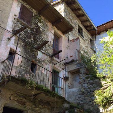 Casa da ristrutturare nel centro storico