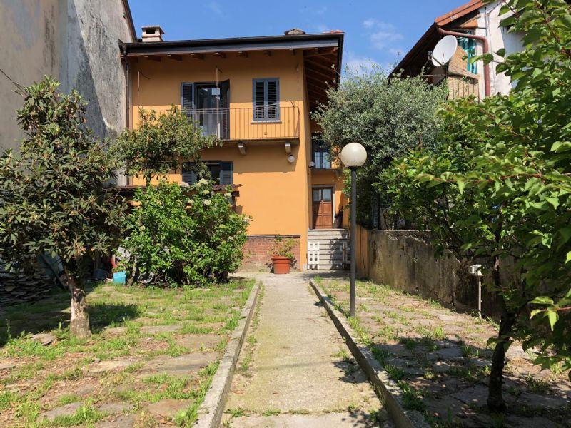 Casa con giardino Vignone