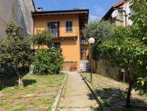Nel cuore di Vignone, casa con giardino ristrutturata